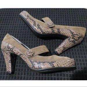 👠Aerosoles Sz 10 NWOB Brown Snakeskin Heels